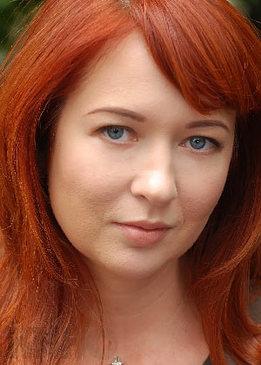 Юлия Свежакова