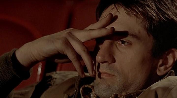 Картинки по запросу кадр из фильма таксист когда де ниро сидит в кинотеатре