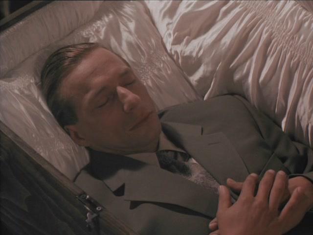 Свадьба гробовщика фильм 1998