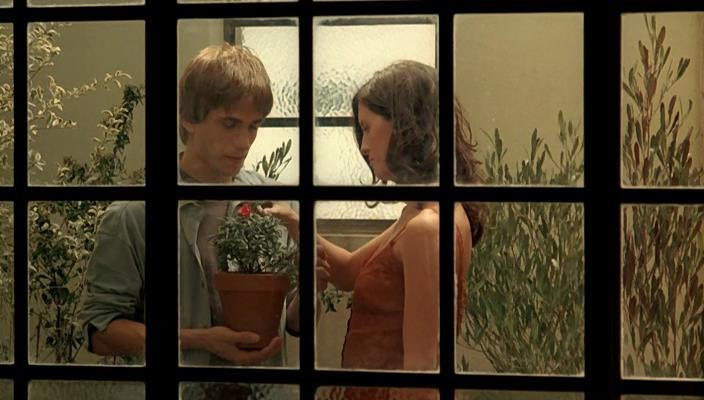 Откровенная Сцена С Антонеллой Костой – Не Смотри Вниз (2008)